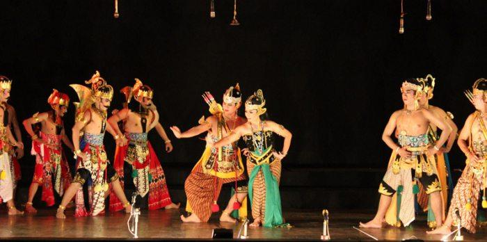 5 Tarian Tradisional Daerah Jawa Barat Tokopedia Blog