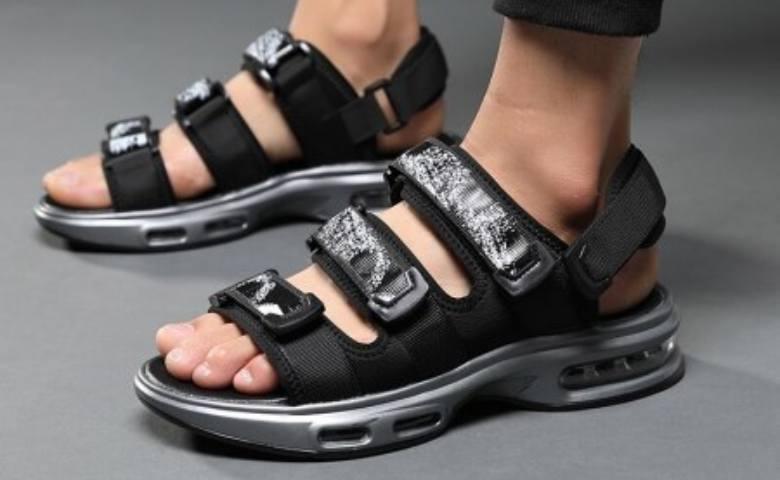 Sandal Olahraga