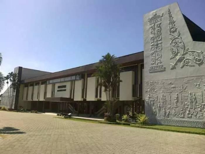 Museum Negeri Sejarah Budaya Khas Pontianak