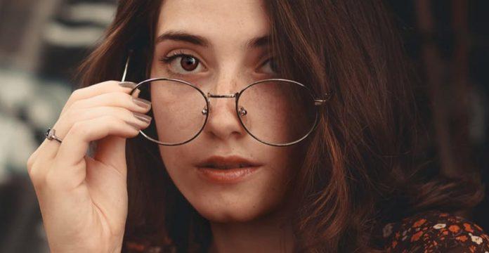 merk frame kacamata terbaik, frame kacamata terkenal