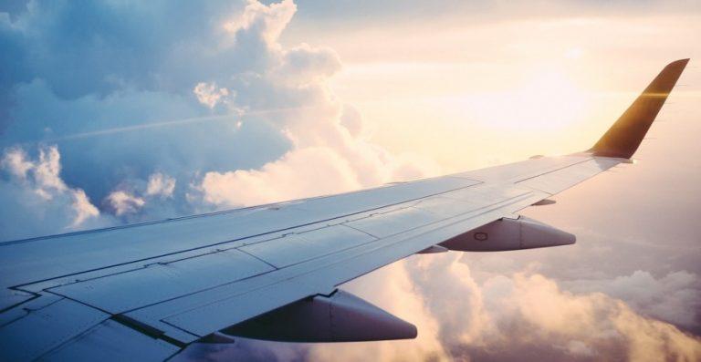 Mau Liburan Hemat? Perhatikan 12 Cara Mendapatkan Tiket Pesawat Murah Berikut!