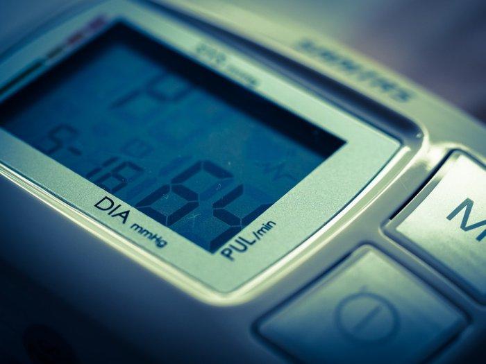 cara menggunakan smartwatch untuk kesehatan - Memantau Tekanan Darah