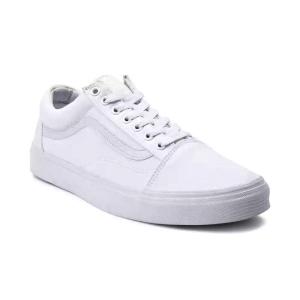 Sepatu putih pria dari Vans yang satu ini sangat cocok untuk kegiatan  sehari-hari kamu 254e8732ab