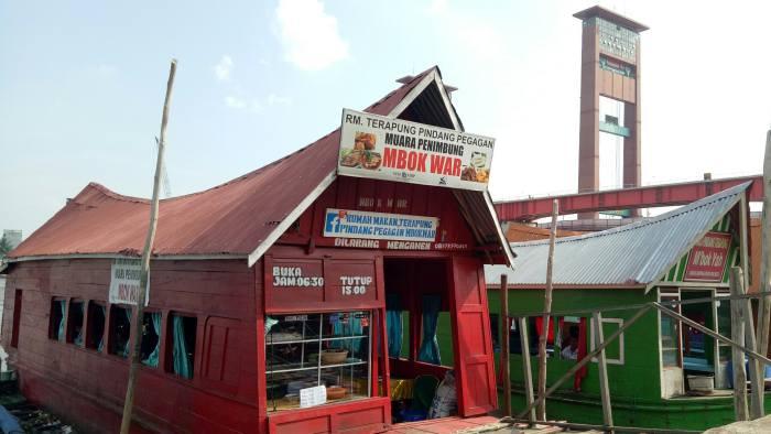 Wisata Kuliner Palembang - Warung Terapung