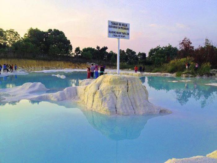 Wisata Kawah Biru Pekanbaru