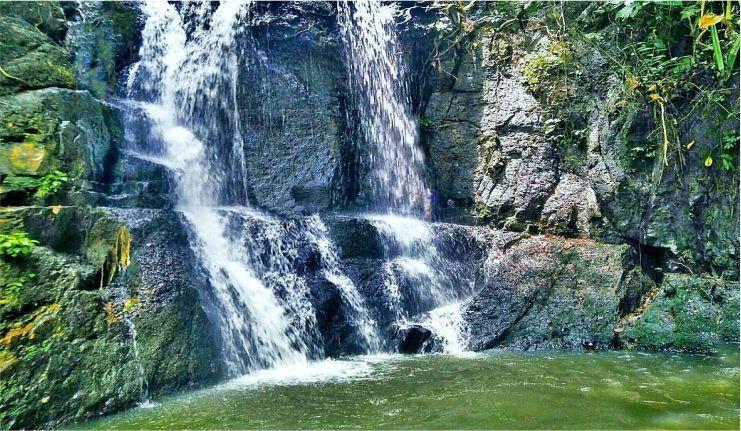 Wisata Air terjun kolam jodoh di Jambi