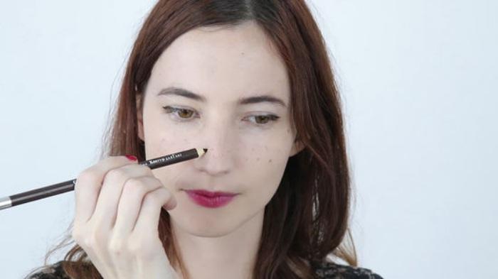Cara Aplikasikan makeup Freckles