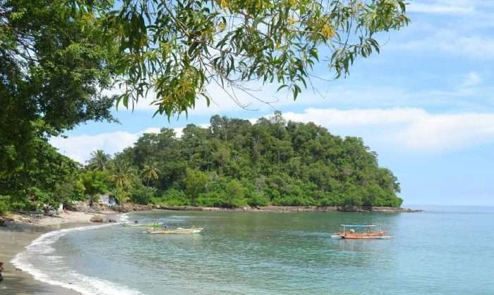 Destinasi Pantai di Lampung