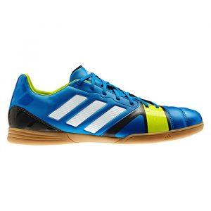 15 Merk Sepatu Futsal Terbaik Sesuai Posisi - Tokopedia Blog bc992d0058
