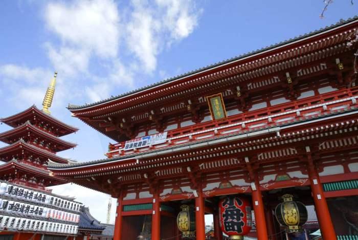 Sensoji - Tempat Wisata di Tokyo