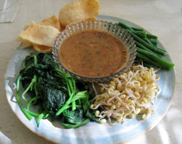 resep pecel sayur, cara membuat pecel sayur