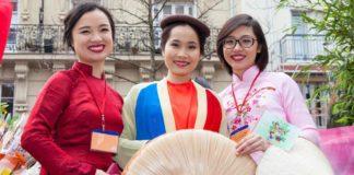 tradisi imlek di berbagai negara