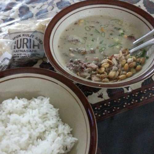 Soto Ayam Pataruman - Makanan Khas Tasikmalaya