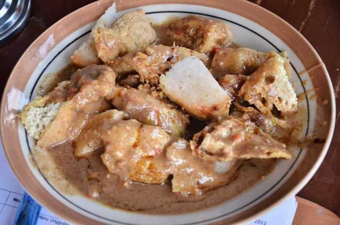 Mencicipi Lezatnya 9 Kuliner Khas Tasikmalaya!