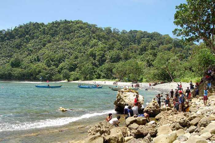 Pantai Sodong - Objek Wisata di Cilacap