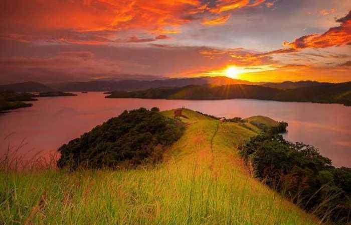 Danau Sentani Destinasi Wisata di Jayapura