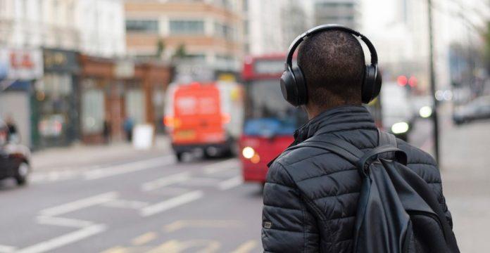 tips memilih headset bluetooth
