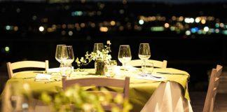 tips mempersiapkan makan malam romantis