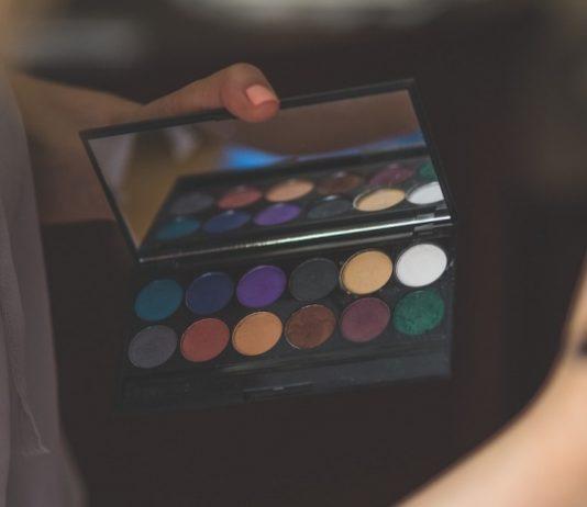 eyeshadow terbaik, merk eyeshadow yang bagus, merk eyeshadow, eyeshadow palette terbaik, merk eyeshadow terbaik