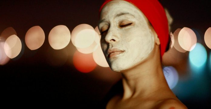 merk masker wajah terbaik, merk masker wajah untuk memutihkan, merk masker wajah yang bagus untuk kulit berjerawat