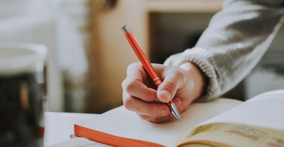 10 Cara Belajar Efektif untuk Menghadapi Ujian - Tokopedia Blog