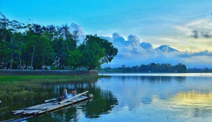 Bertualang Menejelajahi 16 Destinasi Wisata di Cirebon
