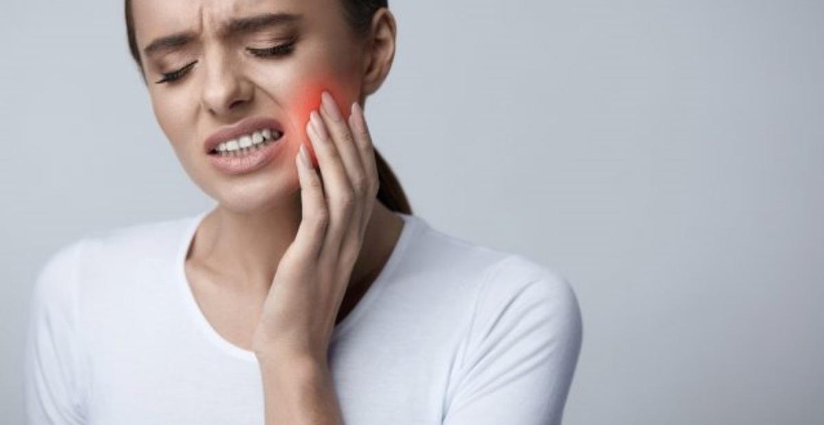 10 Obat Sakit Gigi Paling Ampuh Yang Bisa Ditemukan Di Apotik