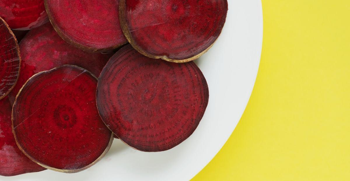 Manfaat Buah Bit Campur Tomat