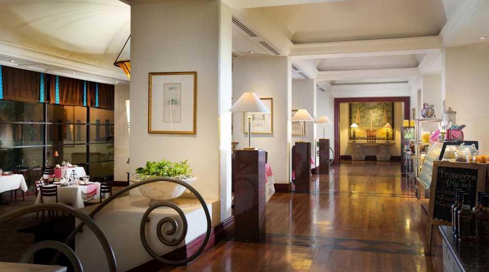 staycation hotel surabaya