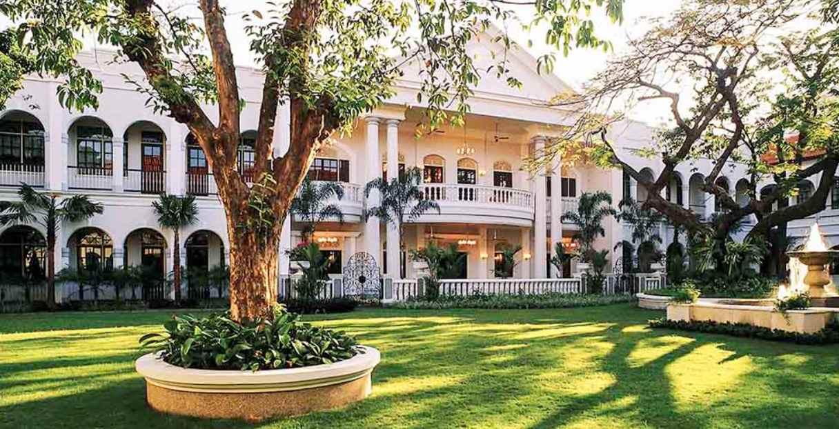 Ayo Hilangkan Penat! Ini 10 Hotel Terbaik untuk Staycation di Surabaya