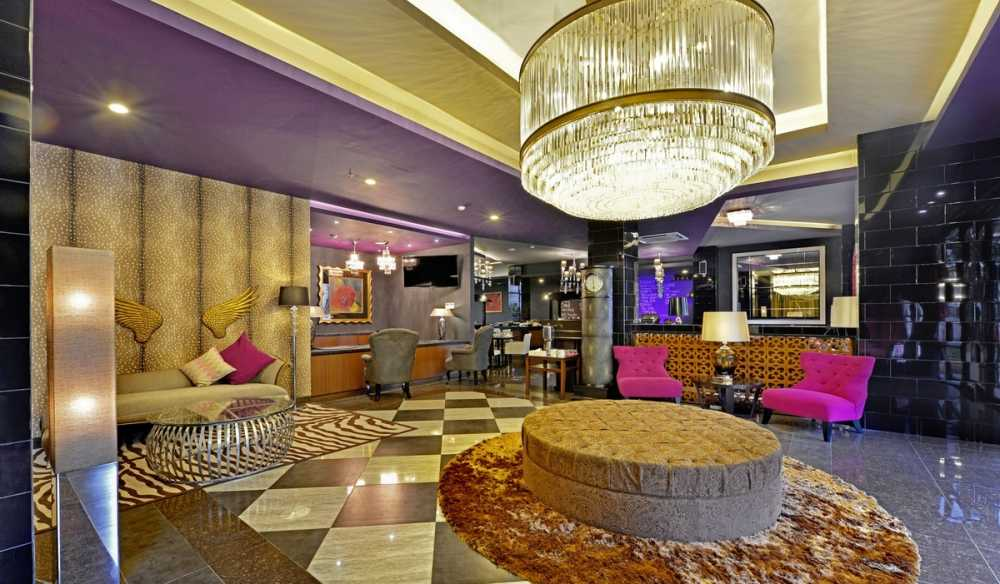 staycation di jakarta hotel amaroosa