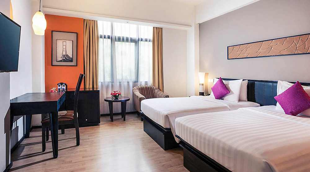 hotel staycation di surabaya