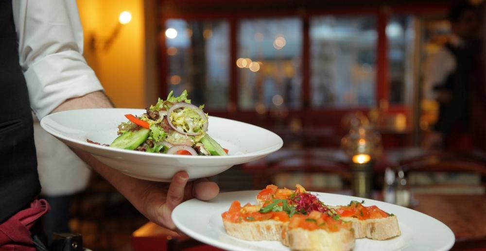 tips ide staycation makan restoran mewah