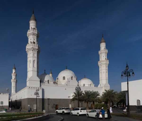 Destinasi tempat wisata religi saat Umroh