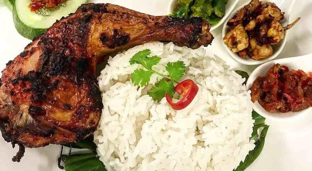 makanan khas samarinda ayam cincane