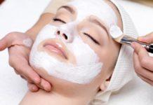 perbedan peeling scrub facial