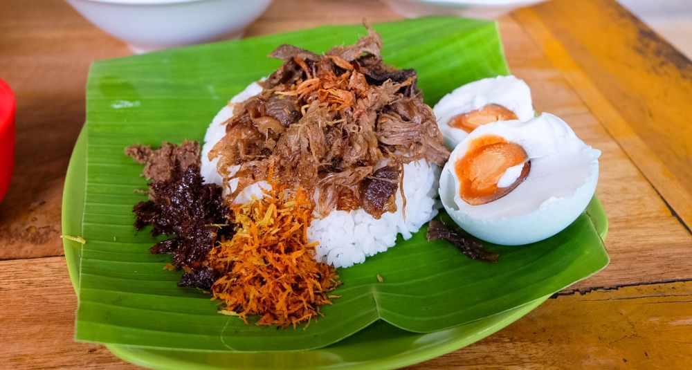 makanan khas samarinda nasi bekepor