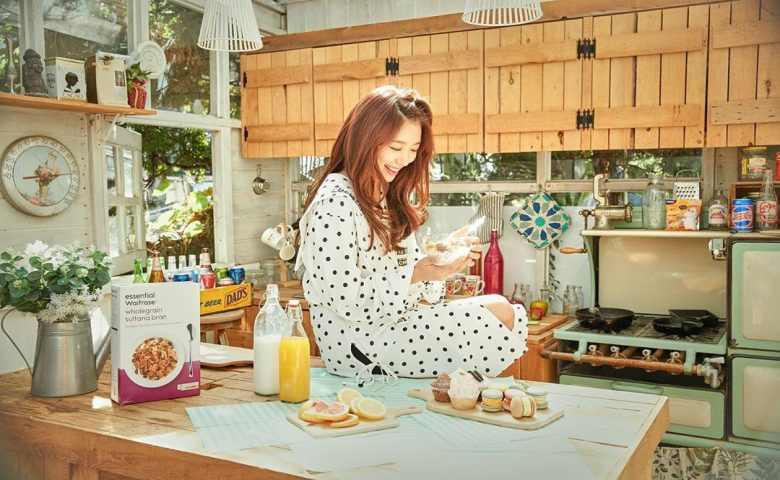 2. Park Shin Hye Cara Merawat Rambut Agar Sehat dan Berkilau Ala Idol Korea