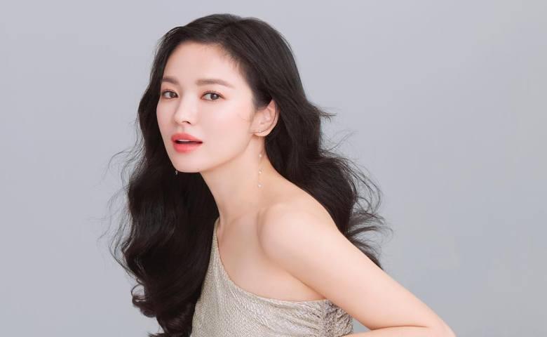 3. Song Hye Kyo Cara Merawat Rambut Agar Sehat dan Berkilau Ala Idol Korea
