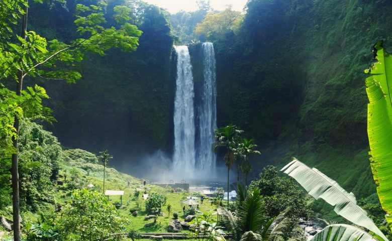 tempat wisata di garut Curug Sanghyang Taraje