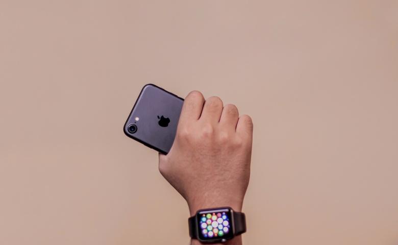 Review iPhone 7 2020 - Bentuk yang Ringkas