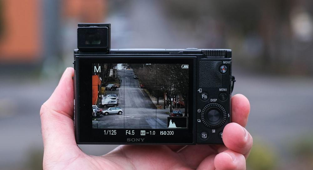jenis-jenis kamera Point and Shoot