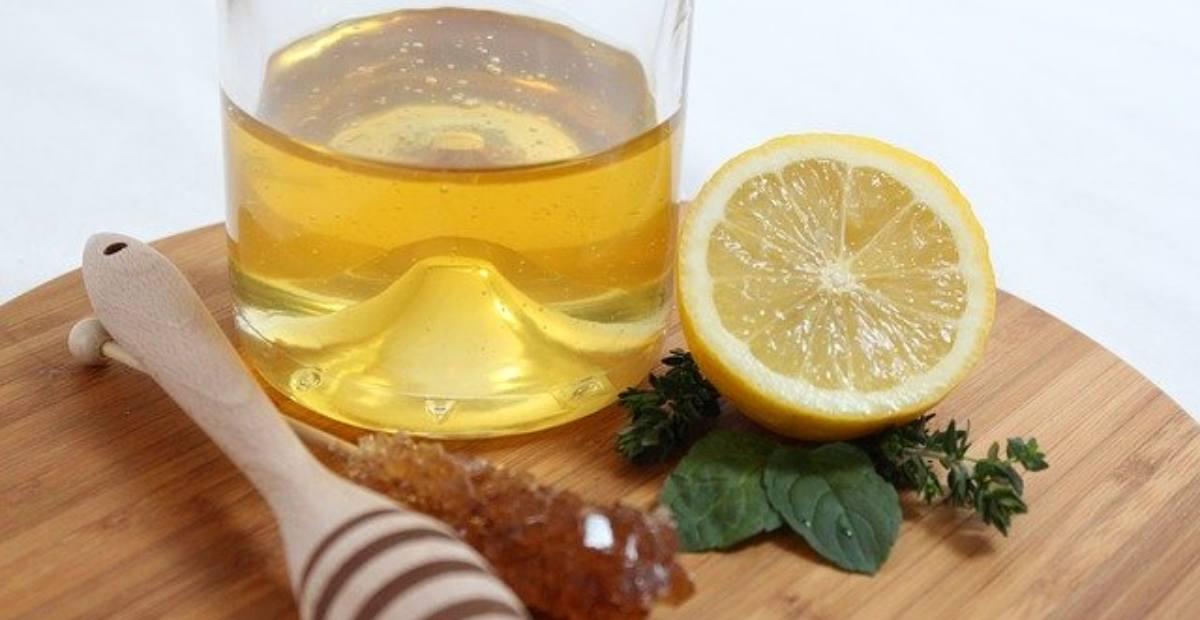10 Manfaat Dan Khasiat Ramuan Lemon Dan Madu Saat Puasa
