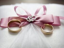 pernikahan tertunda karena covid-19