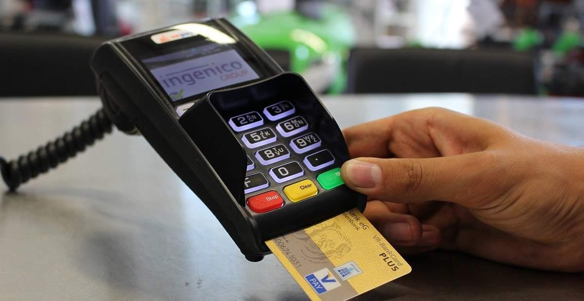Jenis Kartu Kredit Bca Manfaat Limit Dan Biayanya
