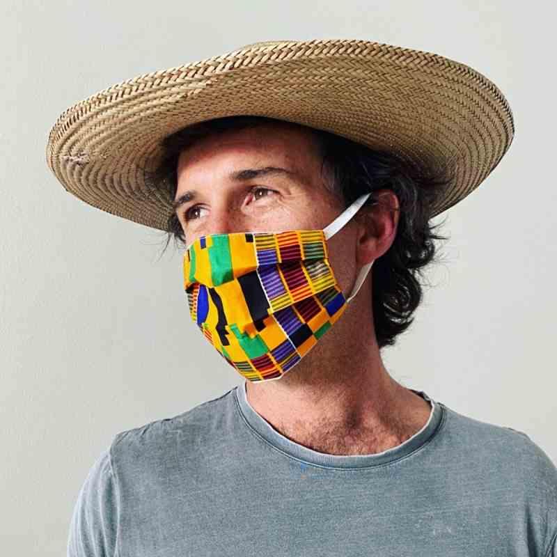6 Desain Masker yang Cocok untuk Perusahaan | Tokopedia Blog