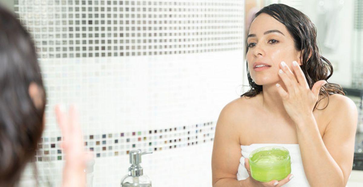11 Aloe Vera Gel Terbaik Multifungsi Untuk Wajah Rambut Tubuh