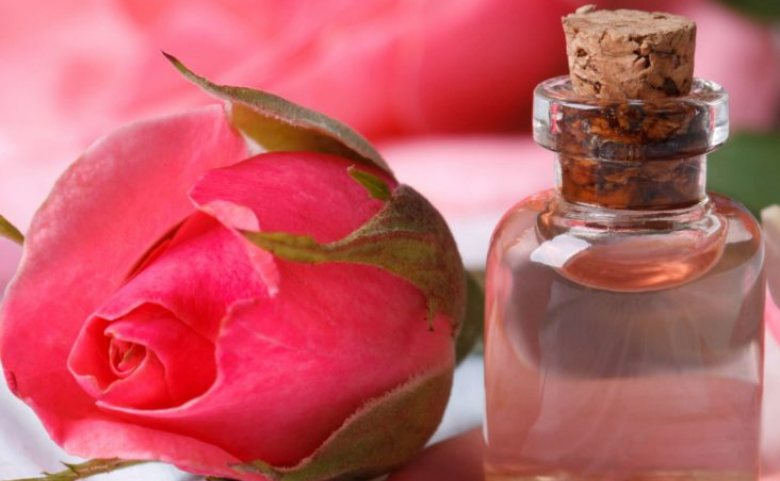 review mamonde rose water
