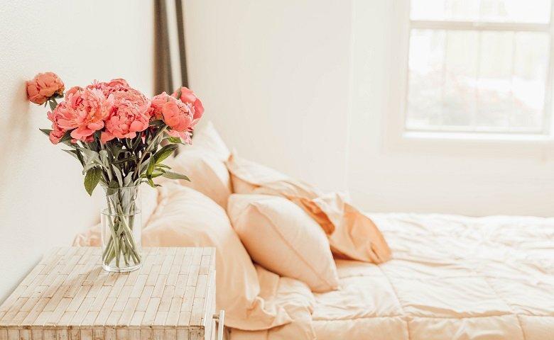 Pilih Warna Dasar untuk Kamar Pengantin yang Romantis