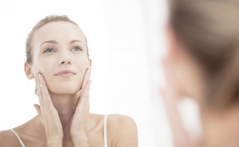 Menghaluskan Tekstur Wajah